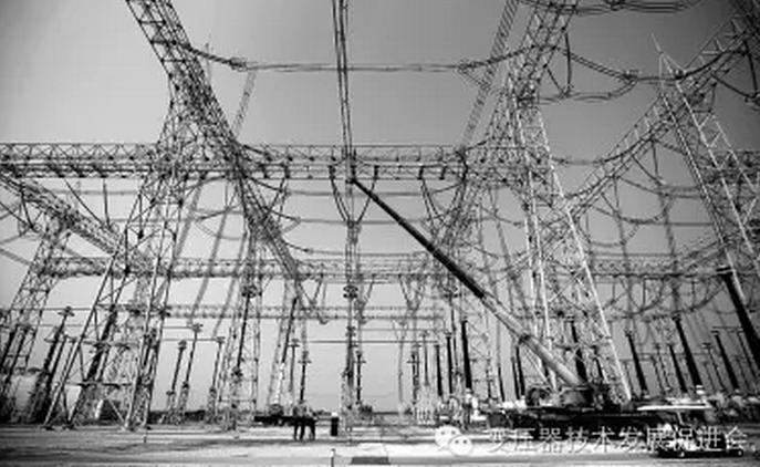 11,定期检查配电变压器低压引线           严禁用导线